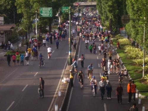Dari Jembatan SMAN 1 Bandung